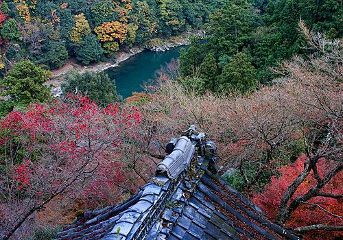 Daihikaku Senkoji Tapınağı'ndan nehrin görünüşü.