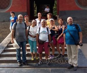 Luoyang'daki ekibimiz. Yanımdaki Çinli hanım, rehberimiz Lisa.
